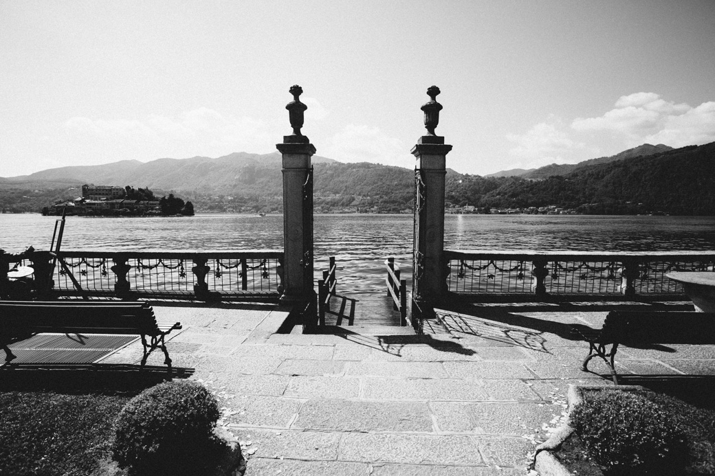 orta-black-white-082